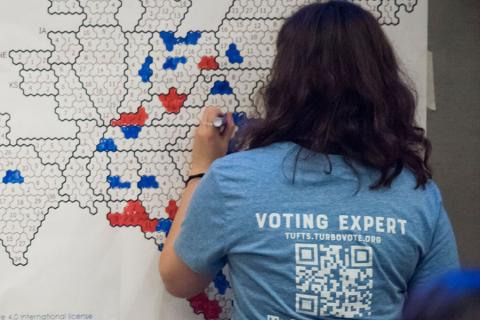 College student filling in election map